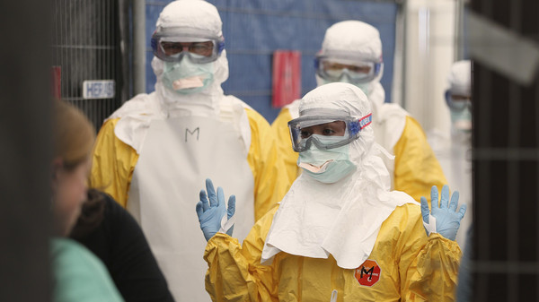 """Photo of """"أخطر من كورونا"""".. عالم أميركي يحذر من وباء قد يقضي على نصف سكان العالم"""