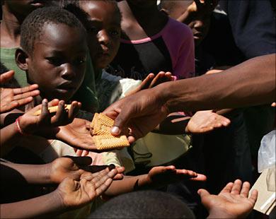 """Photo of يحصل في السودان """"سلة غذاء العالم"""".. (80%) من بنات الداخليات (يبتن القوا..""""الجوع"""") من الفقر"""