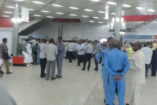 Photo of لجنة برئاسة النائب العام لاحتواء مشاكل مطار الخرطوم ومنع التهريب