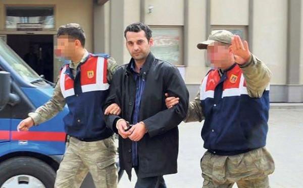 Photo of بعد قتله والده .. الممثل التركي أورهان شيمشيك حاول الإنتحار أربع مرات