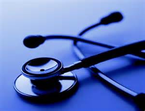 Photo of أطباء يطالبون الحكومة الانتقالية باعادة النظر في الملف الصحي بالبلاد