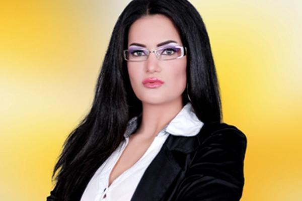 "Photo of سجن وتغريم الراقصة سما المصري بتهمة ""التحريض على الفسق والفجور"""