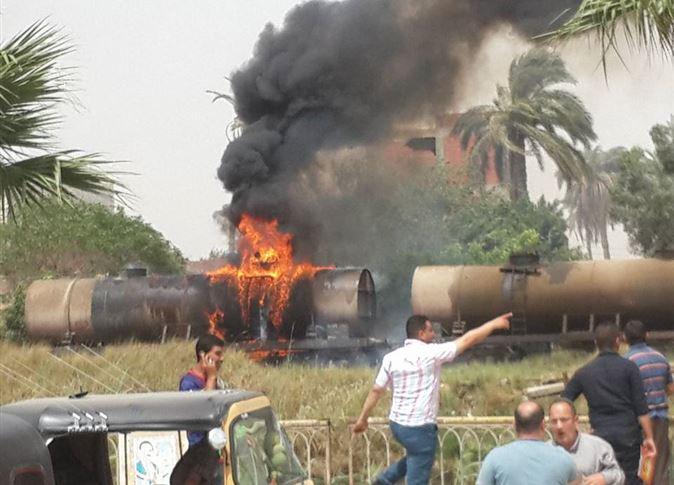 Photo of انقلاب ناقلة وقود وانفجارها ومصرع (3) أشخاص