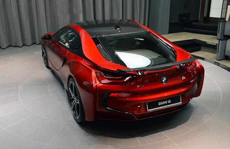Photo of السلطات الألمانية تأمر بسحب 11 ألف سيارة BMW
