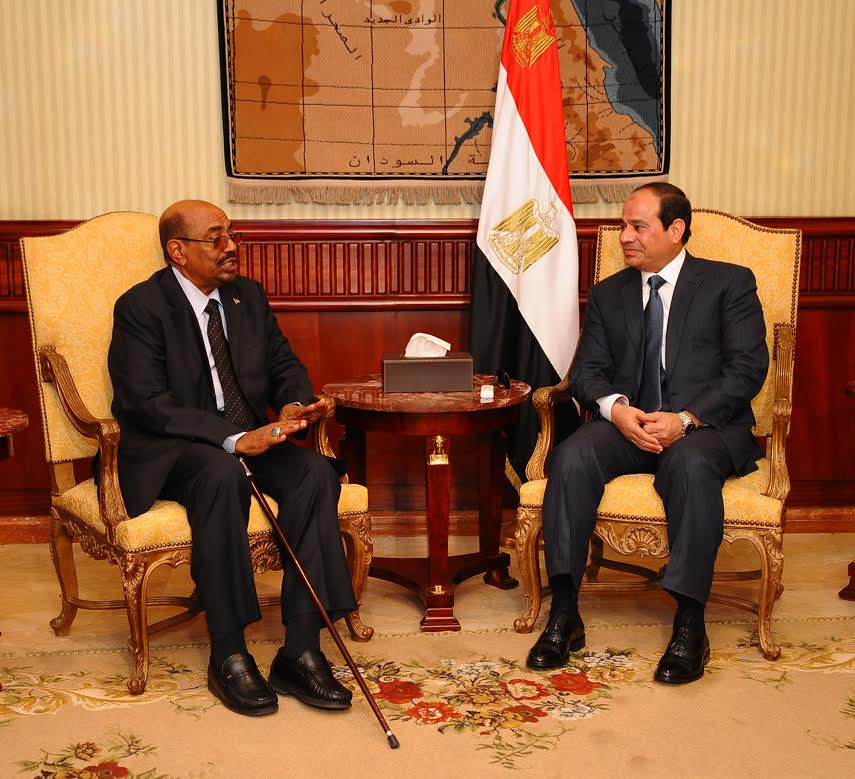 Photo of السيسي: مصر على قناعة بمحورية العلاقات مع السودان