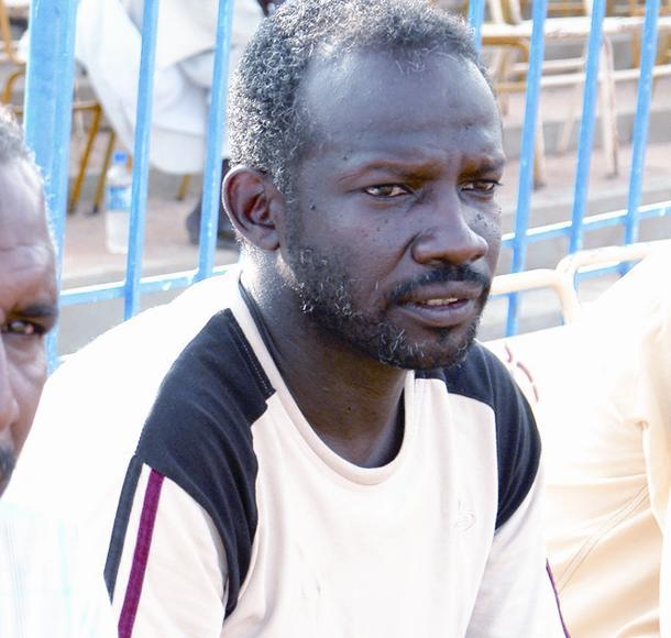 Photo of سوبرمان الكرة السودانية يقود ثلاثة فرق في وقت واحد