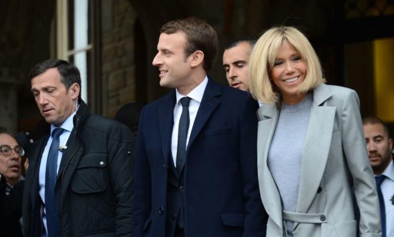 الرئيس الفرنسي ماكرون وزوجته