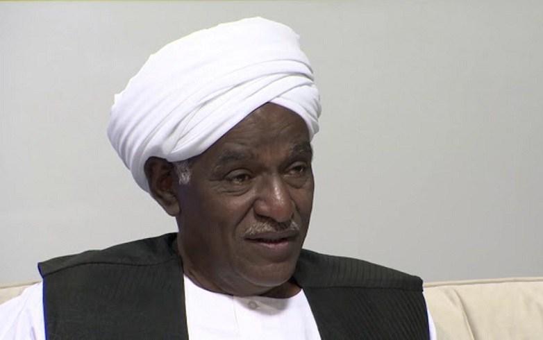 Photo of بالفيديو : السكرتير الصحفي لرئيس الجمهورية يقول: اغلب الاسلاميين (برقصوا ويغطوا دقونهم) وارثنا في الشمالية يهودي