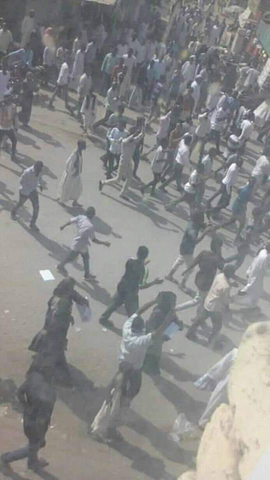 Photo of عاجل : مظاهرات امدرمان الموردة شارع الفيل