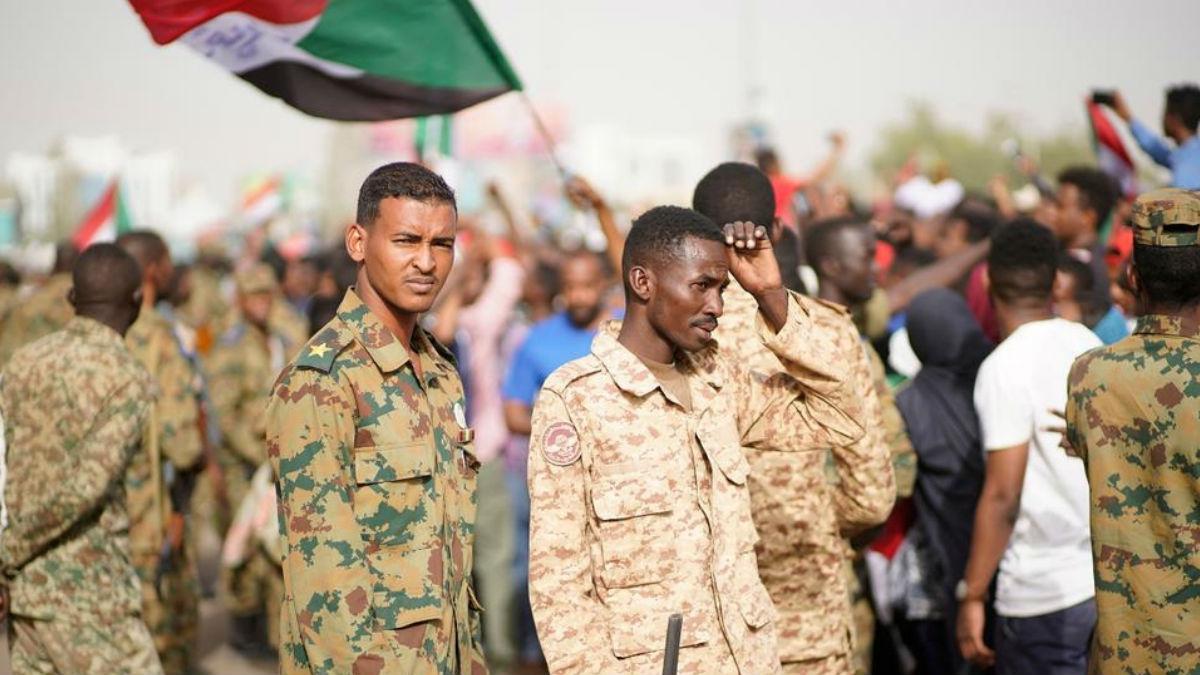 "Photo of دعوات سودانية إلى تأسيس جيش قومي بمفهوم ""المواطنة"""